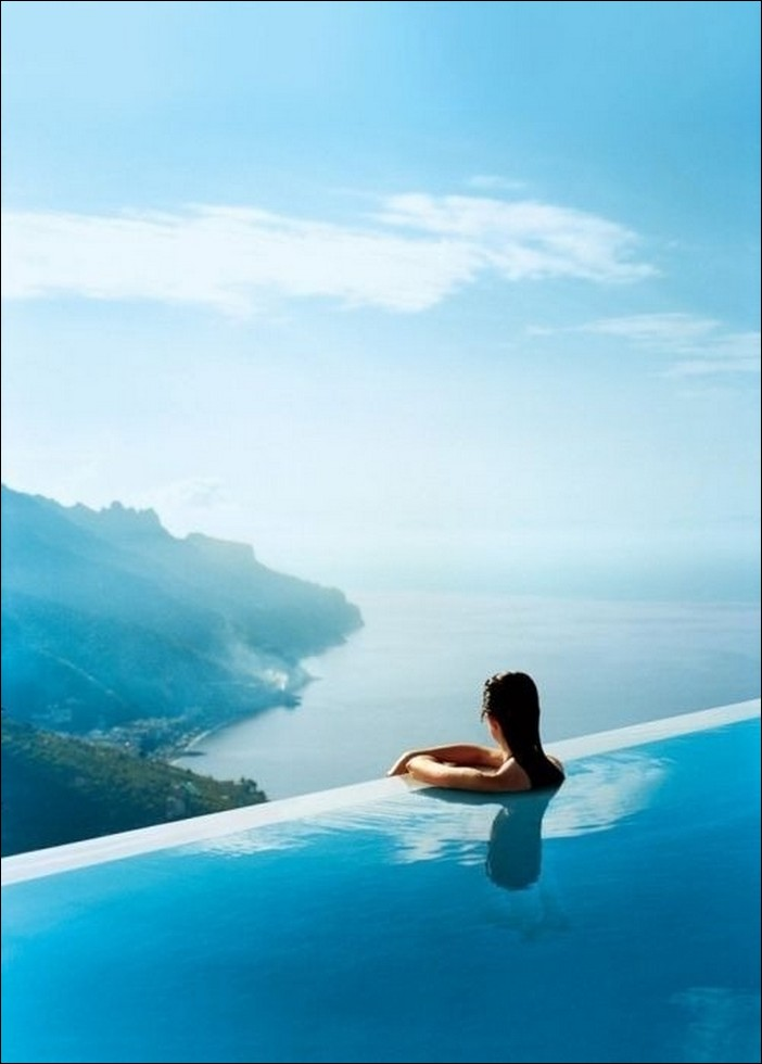 Infinity pool fun news for Infinity swimming pools pictures