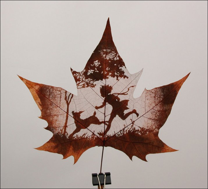 Leaf carving art that comes with autumn fun news