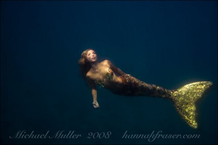 Hannah Fraser mermaid